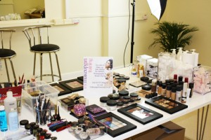 make up table